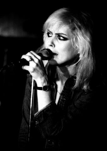 Debbie Dingwalls BW005